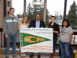 CFACT President David Rothbard with UMD students.